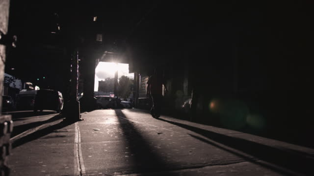 brooklyn underpass at sunset. - controluce video stock e b–roll