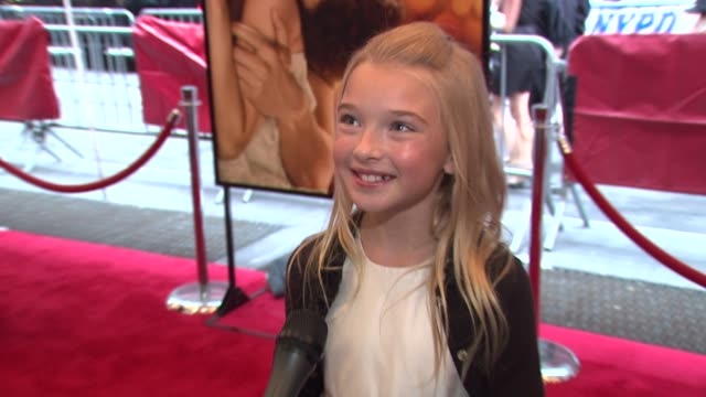 vidéos et rushes de brooklynn proulx talking about her first time on red carpet working with eric and her real life crushes at the world premiere of 'the time traveler's... - eric