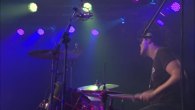 Brooklyn's breakout band American Authors brought their indie pop rock sound to the JBTV stage with their song 'Luck'