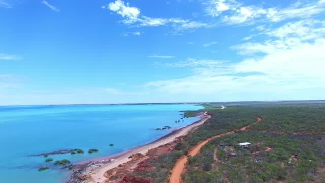 broome, coastline aerial view, western australia - western australia bildbanksvideor och videomaterial från bakom kulisserna