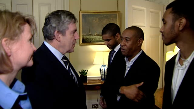 Brown meets apprentices and interns ENGLAND London Downing Street Number 10 INT Prime Minister Gordon Brown MP and Work and Pensions Secretary Yvette...