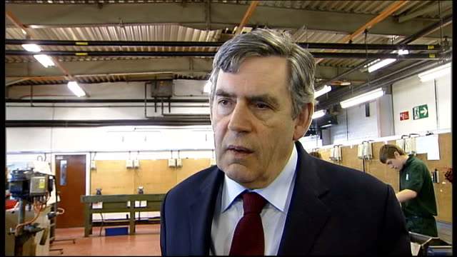 vidéos et rushes de brown visits michelin tyre factory; int gordon brown mp interview sot - determined to clean up the banking system and make sure they have a healthy... - prime minister