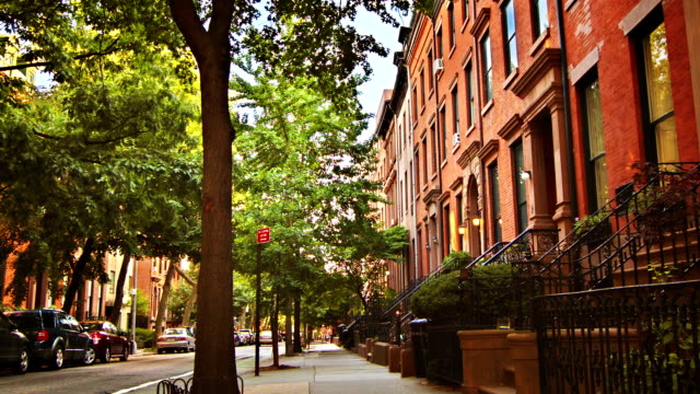 brownstone,brooklyn,nyc - townhouse stock videos & royalty-free footage