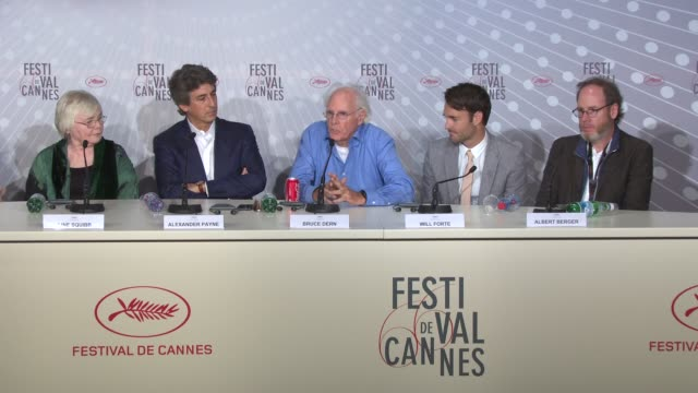 vídeos de stock, filmes e b-roll de bruce dern on working with alexander payne and what a great experience it was at palais des festivals on may 23 2013 in cannes france - alexander payne