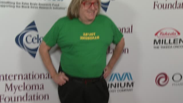 bruce vilanch at international myeloma foundation 7th annual comedy celebration benefiting the peter boyle research fund & supporting the black swan... - peter boyle stock videos & royalty-free footage