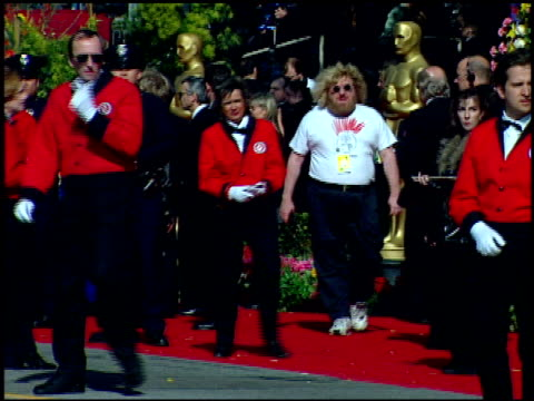 bruce vilanch at the 1999 academy awards at the shrine auditorium in los angeles california on march 21 1999 - oscarsgalan 1999 bildbanksvideor och videomaterial från bakom kulisserna