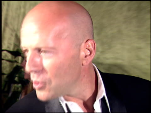 bruce willis at the 2000 hbo emmy party at spago in beverly hills california on september 10 2000 - bruce willis stock-videos und b-roll-filmmaterial
