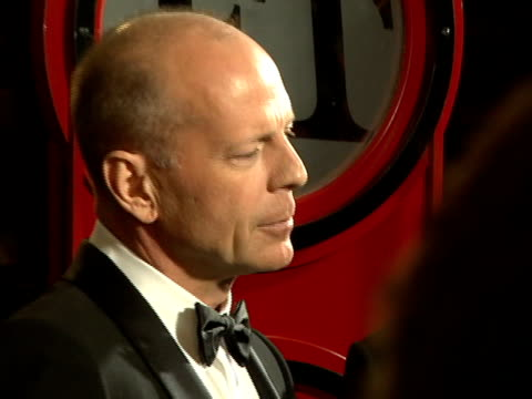 bruce willis at the 2008 palm springs international film festival hosts starstudded awards gala presented by cartier red carpet arrivals at palm... - bruce willis stock videos and b-roll footage