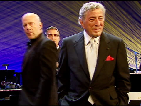 bruce willis tony bennett and george clooney at the singers and songs celebration of tony bennett's 80th birthday by raising funds for newman�s 'hole... - tony bennett singer stock videos and b-roll footage