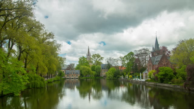stockvideo's en b-roll-footage met brugge belgië het platform - belgië