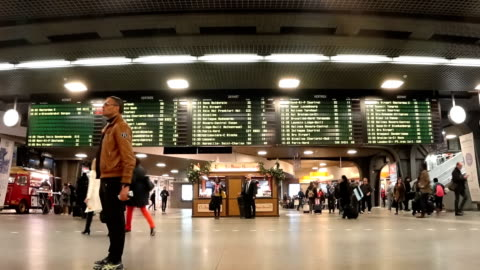 brussels main station central - railroad station stock videos & royalty-free footage