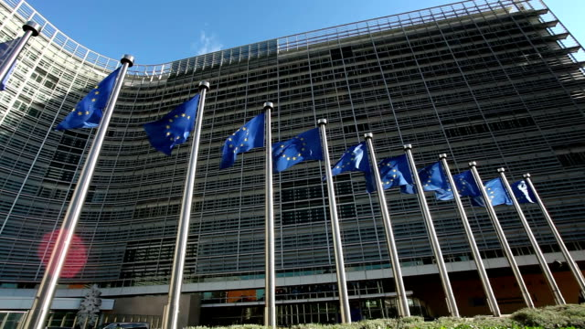stockvideo's en b-roll-footage met brussels - parliament building