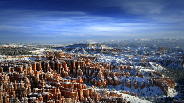 bryce canyon national park with snow at dawn, utah - bryce canyon bildbanksvideor och videomaterial från bakom kulisserna