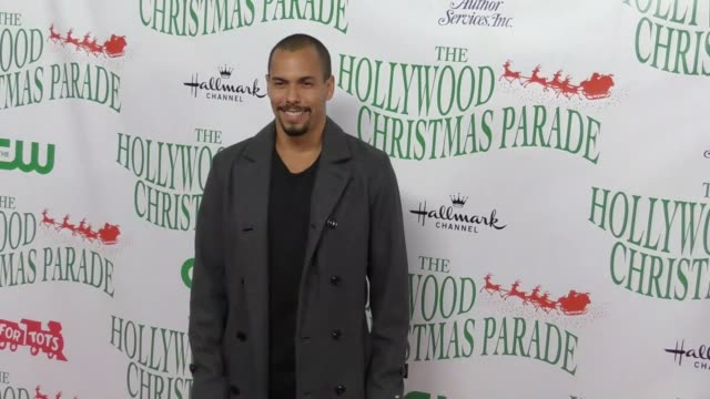 bryton james at the 86th annual hollywood christmas parade on november 26 2017 in hollywood california - sfilata di natale di hollywood video stock e b–roll