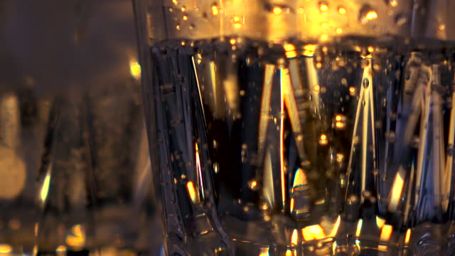 bubbles in a glass -4K-