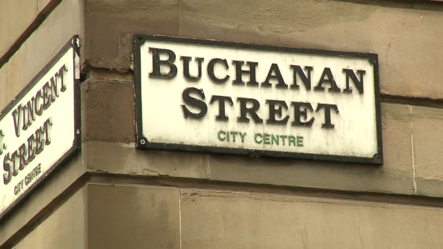 buchanan street in glasgow - sign - directional sign stock videos & royalty-free footage
