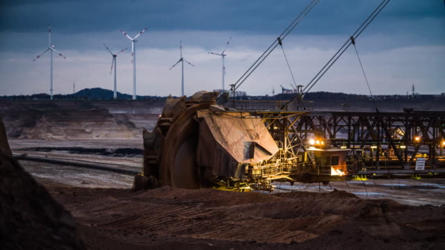 bucket wheel excavator in a lignite mine - coal stock videos & royalty-free footage