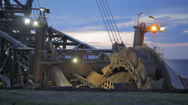 bucket wheel excavator - quarry stock videos & royalty-free footage