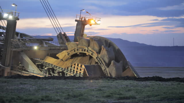 bucket wheel excavator - coal mine stock videos & royalty-free footage