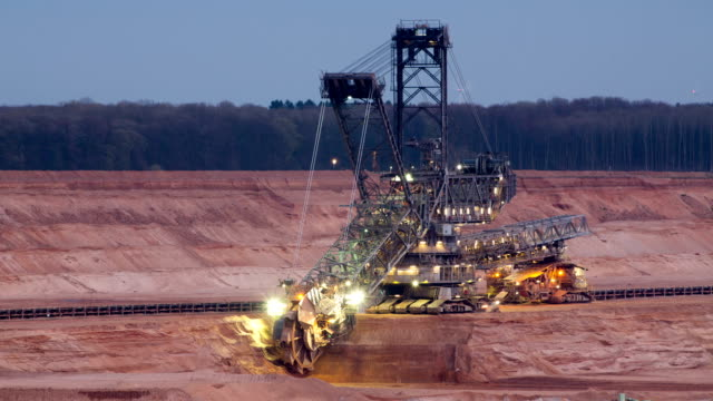 TIME LAPSE: Bucket wheel excavator