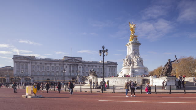 buckingham palace in london, england, uk. - buckingham stock videos & royalty-free footage