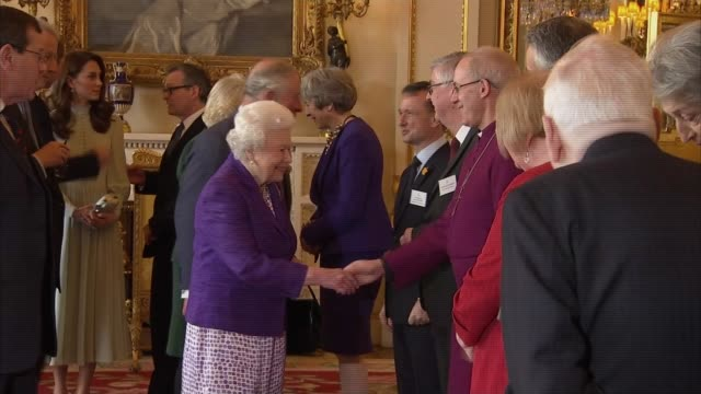 buckingham palace reception to mark 50th anniversary of the investiture of prince charles, prince of wales; england: london: buckingham palace: int... - primo ministro video stock e b–roll