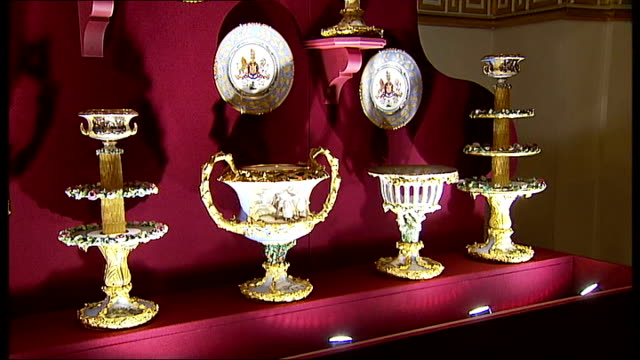 buckingham palace tour/ ballroom set for state banquet / jonathan marsden interview; more good shots of the state banquet exhibition including close... - throne stock videos & royalty-free footage