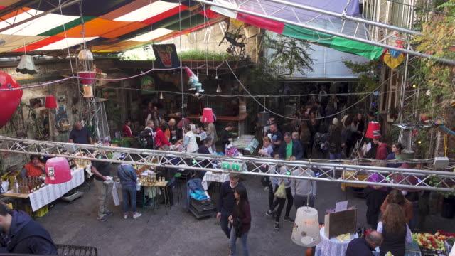 Budapest outdoors market at Szimpla