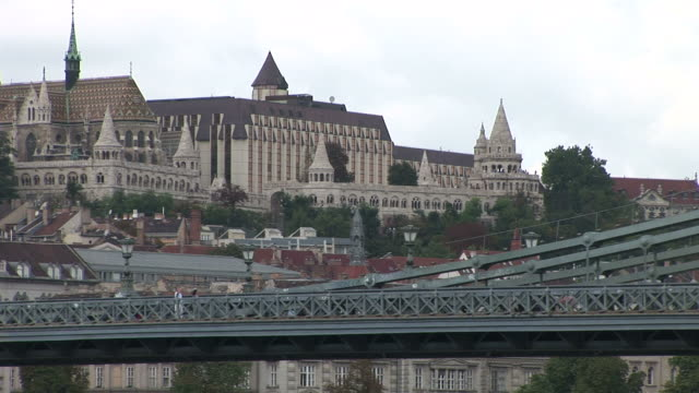 budapestchain bridge in budapest hungary - chain bridge suspension bridge stock videos & royalty-free footage