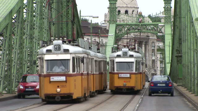 budapestclose view of the liberty bridge in budapest hungary - commercial land vehicle stock videos & royalty-free footage