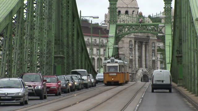 budapestliberty bridge in budapest hungary - traditionally hungarian stock videos & royalty-free footage