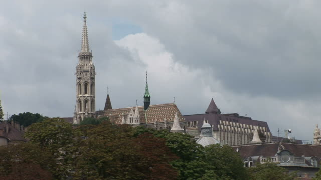 budapestlong view of tower of matthias church in budapest hungary - 宗教施設点の映像素材/bロール
