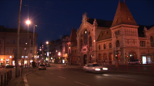 stockvideo's en b-roll-footage met budapestnight view of a street in budapest hungary - traditionally hungarian