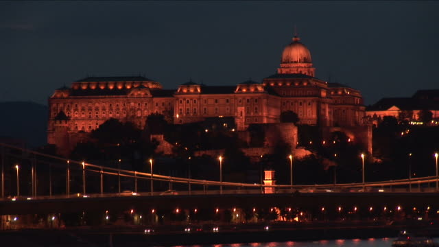 budapestnight view of royal palace in budapest hungary - széchenyi chain bridge stock videos & royalty-free footage