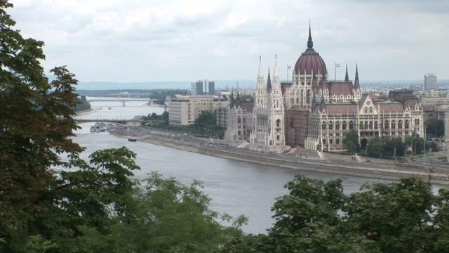 vidéos et rushes de budapestparliament house in budapest hungary - culture hongroise