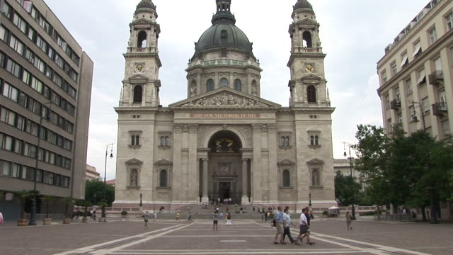 stockvideo's en b-roll-footage met budapestview of a church in budapest hungary - traditionally hungarian