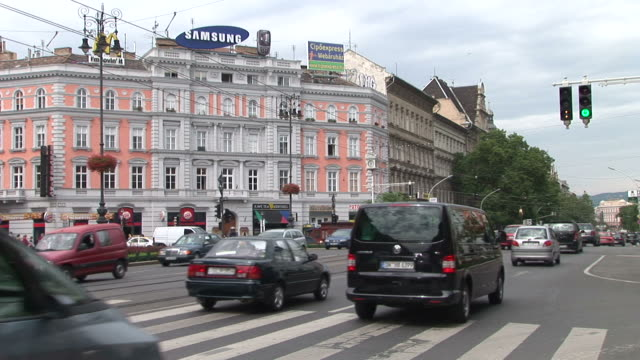 stockvideo's en b-roll-footage met budapestview of an intersection in budapest hungary - traditionally hungarian