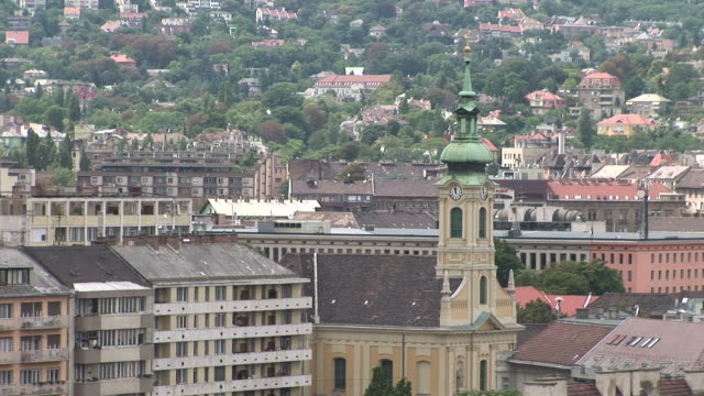 budapestview of church tower in budapest hungary - 宗教施設点の映像素材/bロール
