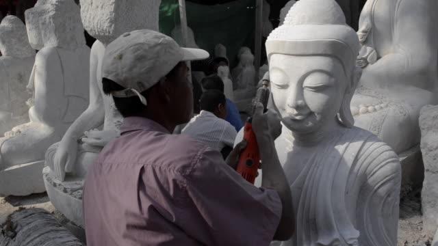 buddha statue making in mandalay, myanmar - male likeness stock videos & royalty-free footage