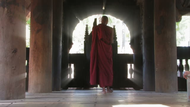 buddhist monk_gang_moench - monk stock videos & royalty-free footage