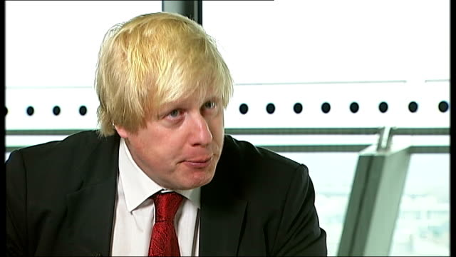 housing helptobuy scheme tony parker interview sot city hall int boris johnson interview sot reporter ext len duvall interview sot london bricklayers... - chisel stock videos and b-roll footage