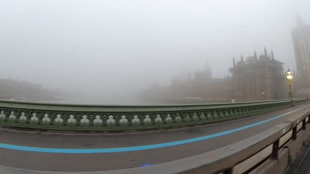 rishi sunak unveils covid recovery plan for uk economy; england: london: westminster: ext / dawn wide shot of westminster bridge at dawn zoom in shot... - zoom in stock videos & royalty-free footage