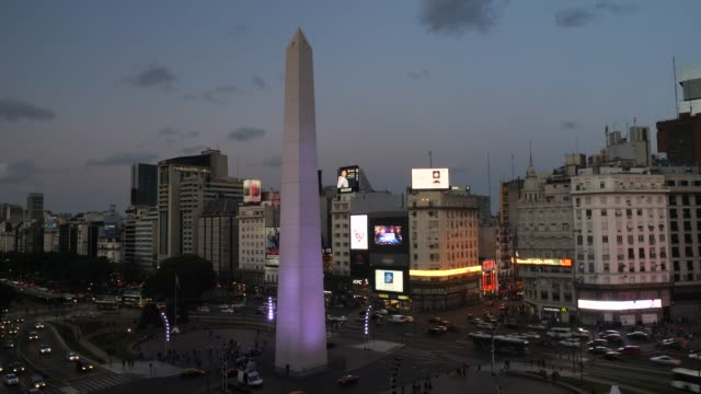 buenos aires obelisk plaza de la republica - obelisk stock videos & royalty-free footage