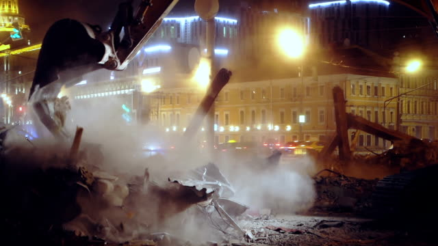 building demolition at night - earth mover stock videos & royalty-free footage