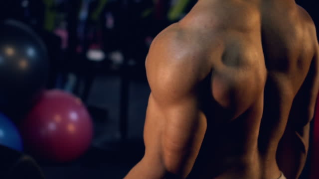 Building Muscles Man:Video slow motion.
