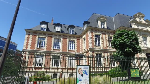 building of the pasteur institute, in paris . france has started a progressive relaxation of its foreclosure measures and restrictions in the context... - biotechnology stock videos & royalty-free footage