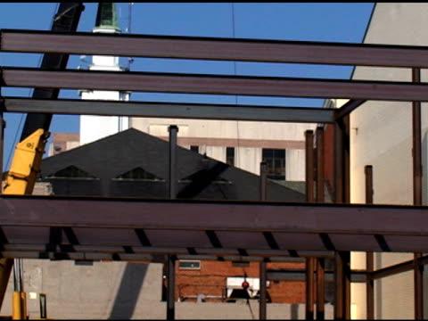 edificio con acciaio - erezione video stock e b–roll