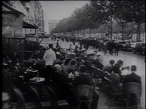 1945 montage buildings and street scenes in china  - frank capra video stock e b–roll