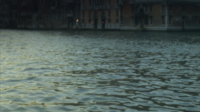 ms, tu buildings at canal, venice, italy - grand canal venice stock videos & royalty-free footage
