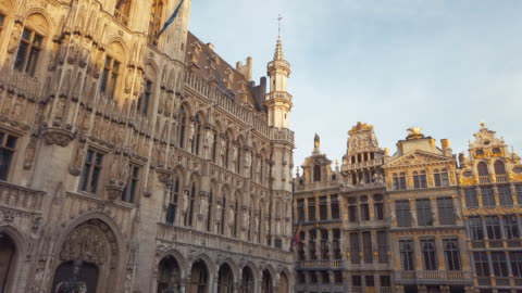 buildings of grand place, brussels, belgium - 17th century stock videos & royalty-free footage